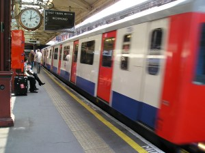 transport for london, trains from barons court to richmond, district line to richmond