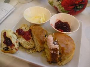 scones and tea in richmond