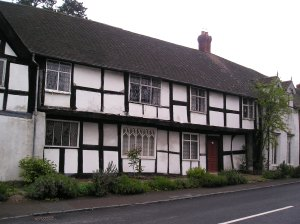 weobley herefordshire, black and white villages of the uk, historical villages of the uk, king charles I