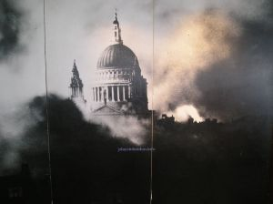 an iconic image of St Paul's Cathedral from during the Second World War