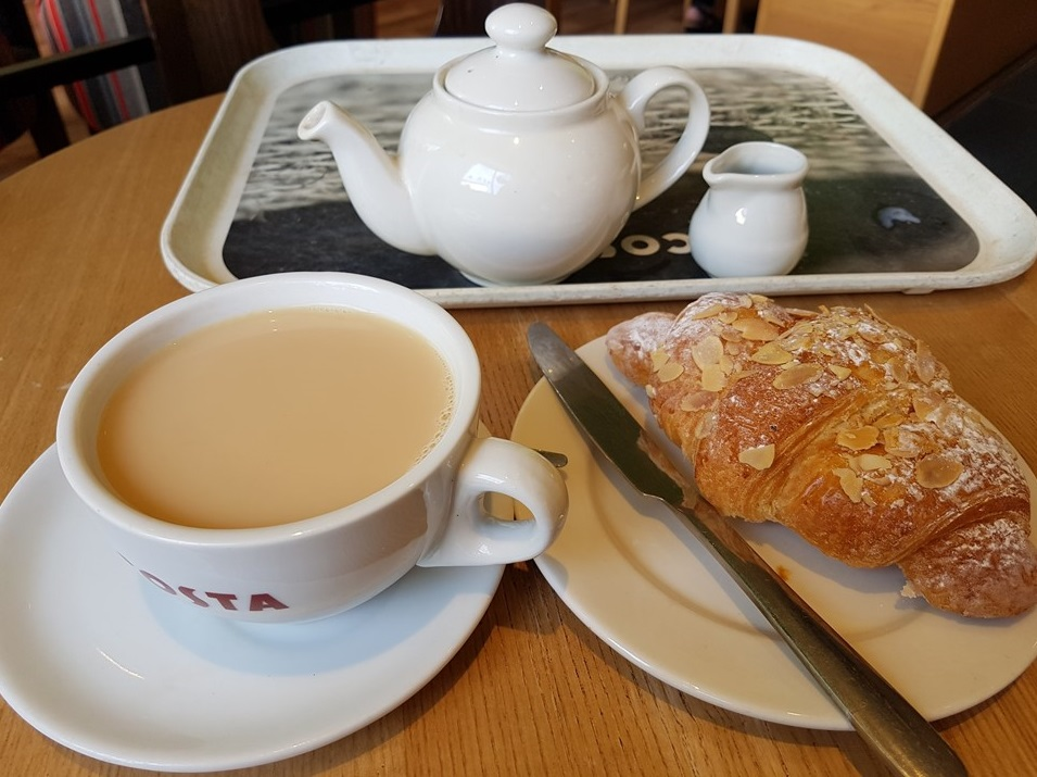 one of my favourite pasties; almond croissant, enjoyed with a pot of tea at my favourite 'coffee' cafe :)