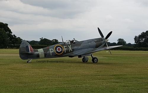 spitfire p fx, battle of britain aitshow headcorn, raf 100th anniversary, fly a spitfire
