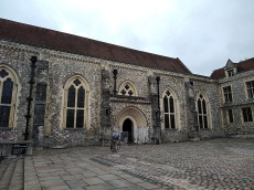 the great hall winchester palace, st swithuns church winchester, explore winchester, the pilgrims way, king alfreds walk