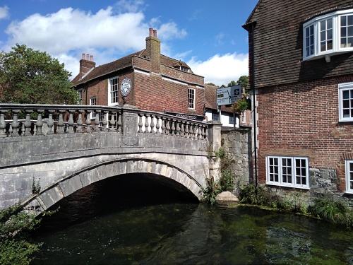 the wiers river itchen winchester, wolvesey castle winchester, jane austens house winchester, winchester, city of winchester, explore winchester, king alfreds walk, river itchen, eastgate bridge