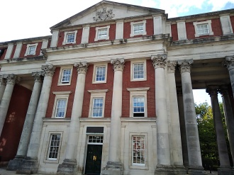 peninsula barracks winchester, the westgate museum, the great hall winchester palace, st swithuns church winchester, explore winchester, the pilgrims way, king alfreds walk