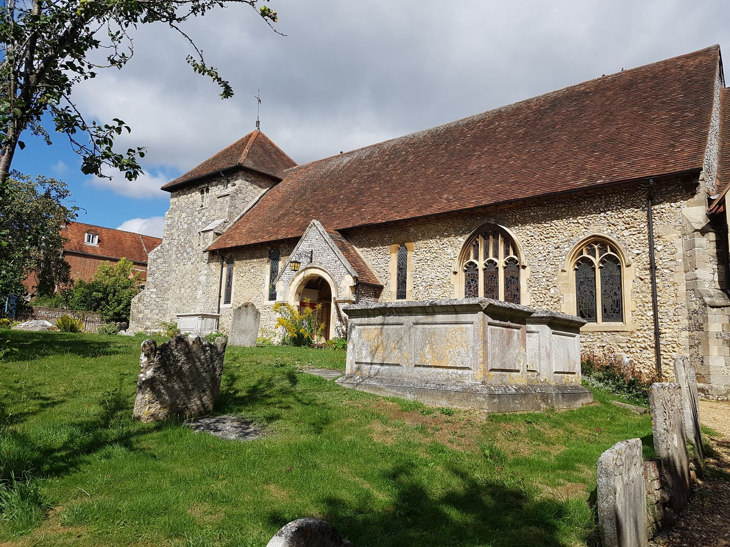 st bartholomews church winchester, hyde abbey, the pilgrims way, winchester to canterbury, walking the pilgrims way, long distance walking, solo walking for women