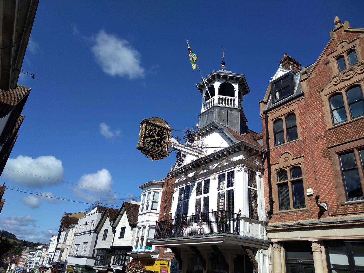 guildhall guildford, history of guildford, walking the pilgrims ways, long distance walks of england