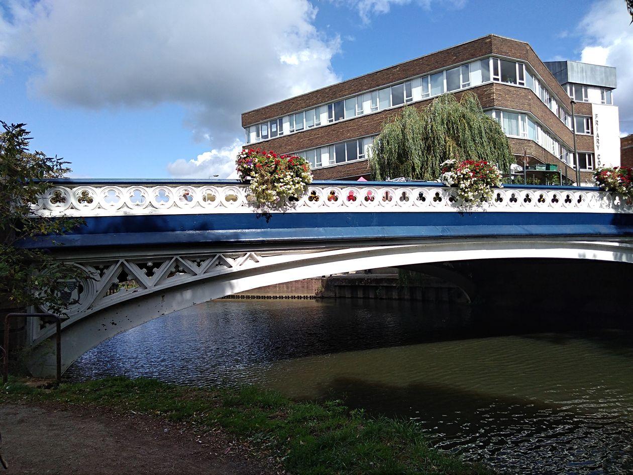 guildford bridge, explore guildford, saxon guildford, exploring guildford, walking the pilgrims way, long distance walks england, women walking solo