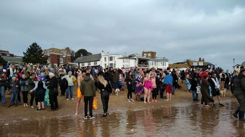 walk 1000 miles, viking bay broadstairs, walks in england, new years day swim