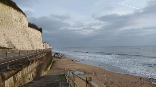 walk 1000 miles, coastal walks of england, walks on the isle of thanet, broadstairs to ramsgate, walking for health